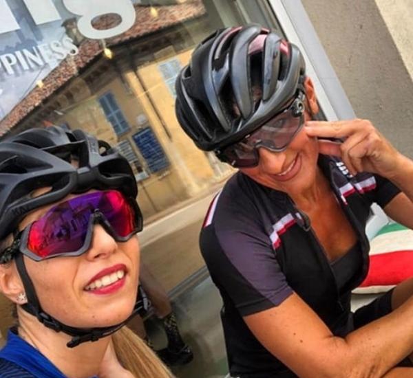 Ragazze cicliste