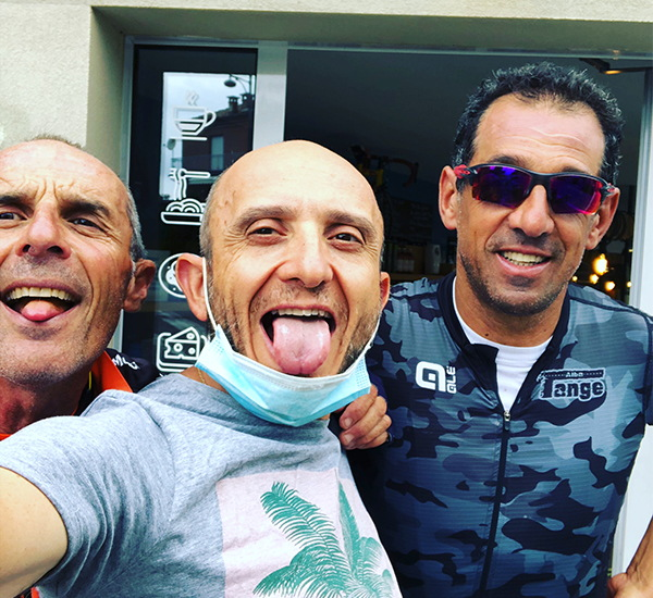 Angelo e le linguacce dei ciclisti